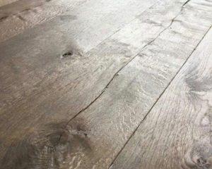 Eiken Vloer Beitsen : Plankenvloeren geven cachet aan uw woning houtinterieur
