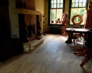rustiek interieur met plankenvloer