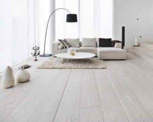 plankenvloer moderne leefruimte